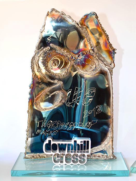 Gahr Moderne Pokale Vom Metall K Nstler Kunst Unikate